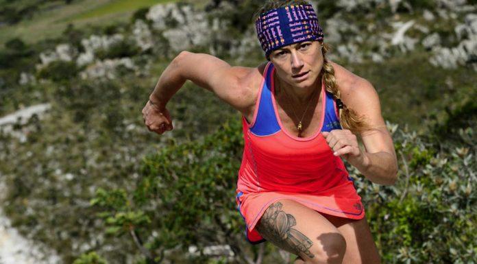 destacada correr montaña