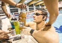 Sabías que también puedes deshidratarte nadando