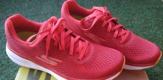 Skechers GORun Pure las zapatillas de entrenamiento diario