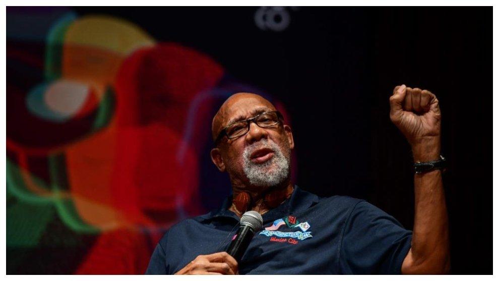 Black Power John Carlos pide al COI que haya libertad de expresión en los podios