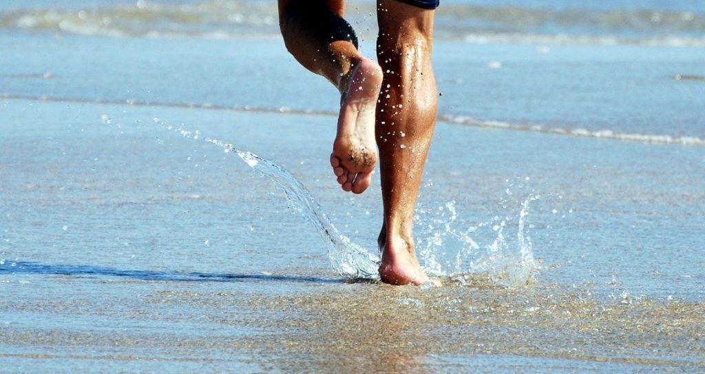 Beneficios de correr en la arena