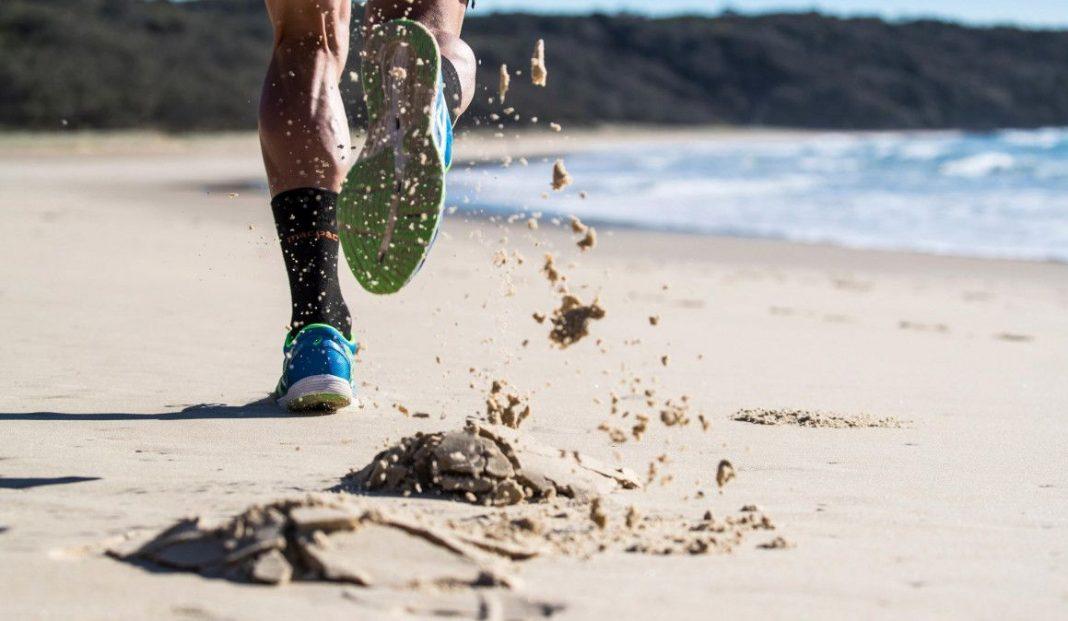 Correr en la arena mejorará tu condición física