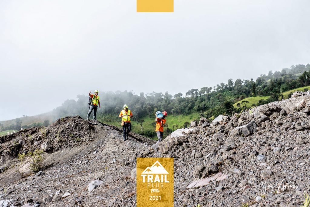 Peztl Trail Plus 2021. Parte del Staff trabajando