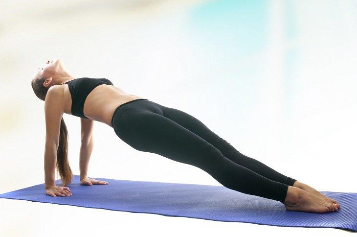 plancha abdominal invertida